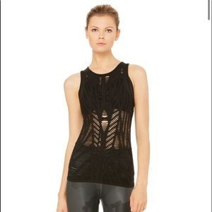 🆕 ALO Yoga Vixen Fitted Muscle Tank